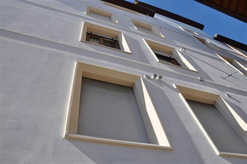 Polistirolo per edilizia - Elementi decorativi in polistirolo per interni ...
